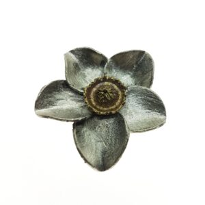 Kees Hendriks hanger bloem brons zilver